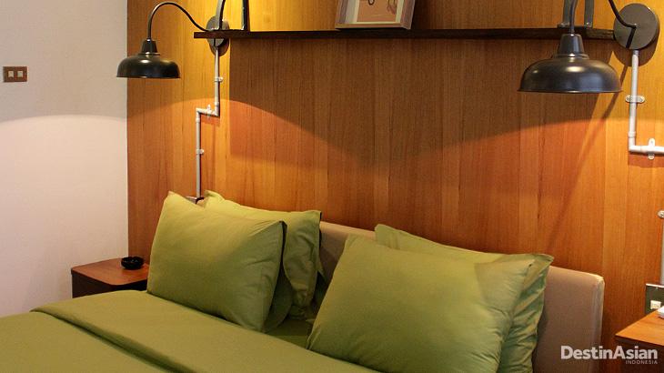 Desain kamar di Olivers Hostelry terinspirasi judul-judul lagu.