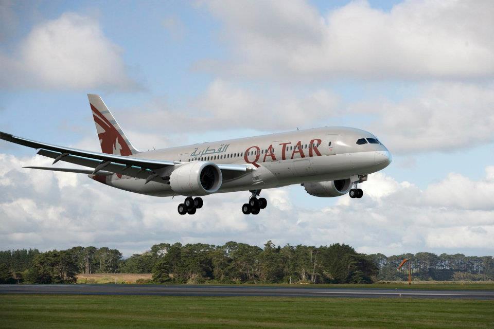 Armada Boeing 787 yang akan menggantikan pesawat operasional Doha-Bali pp mulai Oktober 2014.