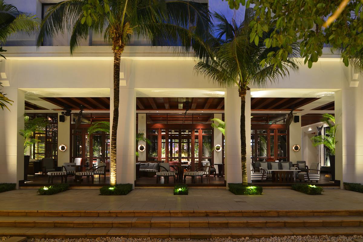 The Living Room; tempat bersantai menikmati udara Siem Reap.
