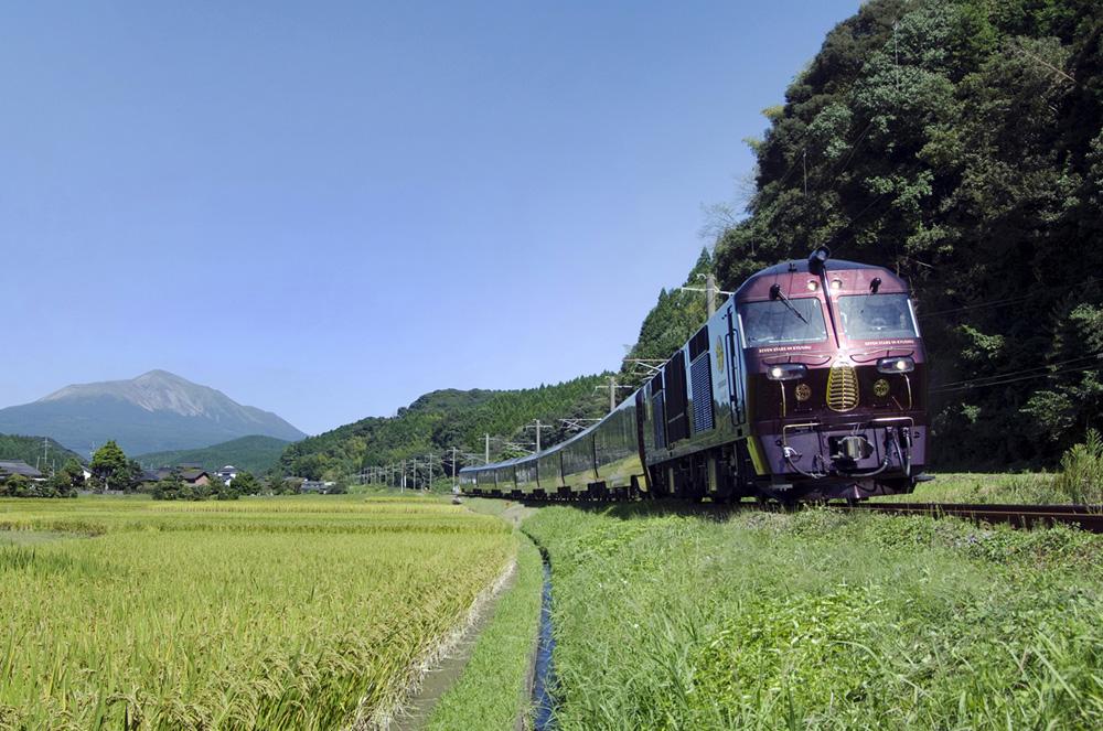 Nanatsuboshi akan membawa penumpang menjelajah tempat-tempat atraktif di Kyushu.