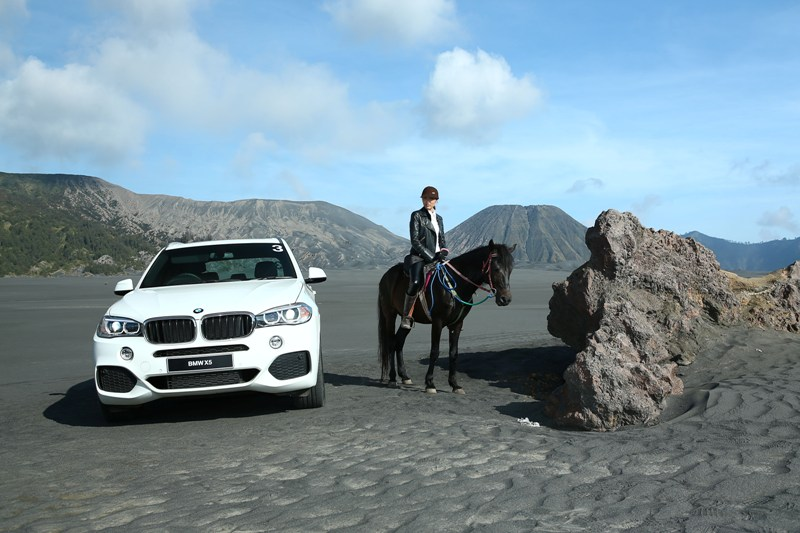 Di Sea of Sand, peserta juga bisa mengikuti aktivitas berkuda.