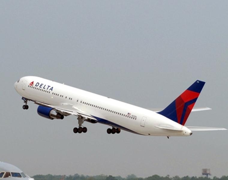 Pesawat Boeing 767-300ER milik Delta Air Lines.