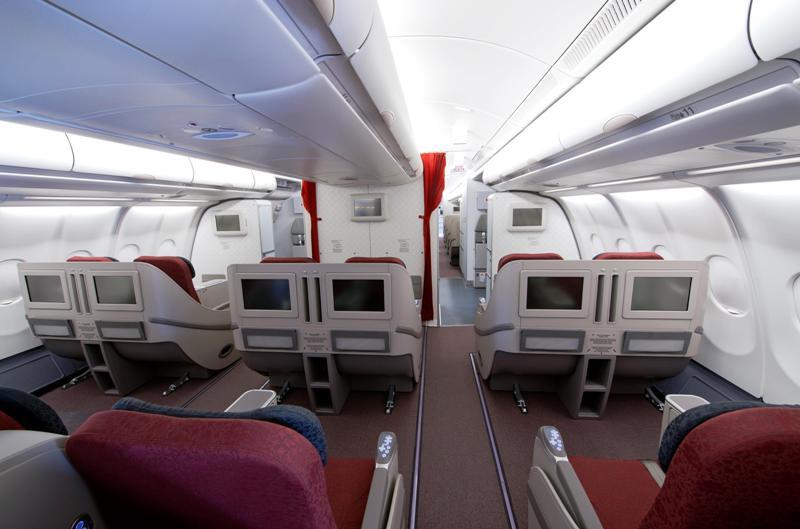 Kabin kelas bisnis di Airbus 330-300.