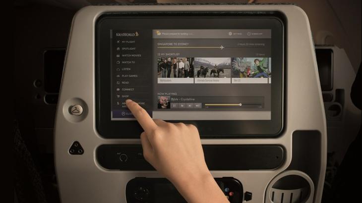 Sistem hiburan di armada A350 Singapore Airlines yang menggunakan layar dari Panasonic.