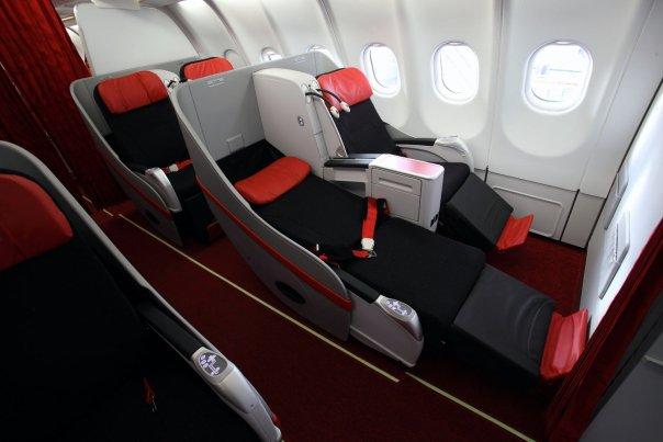 Kursi premium flatbed yang tersedia di semua penerbangan AirAsia X.