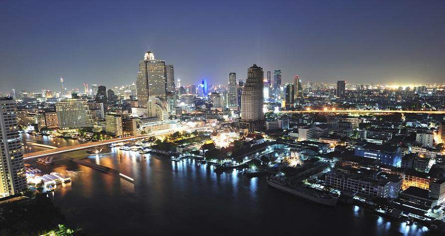 Pemandangan dari Anantara Bangkok Sathorn yang bertengger di lantai 37.