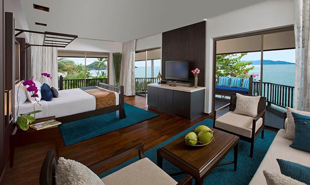 Anantara Beachfront Pool Suite dengan pemandangan Teluk Thailand.