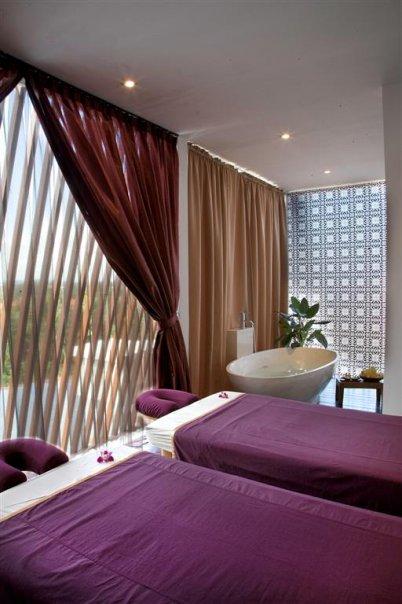 Salah satu ruangan untuk pasangan di Anantara Spa.