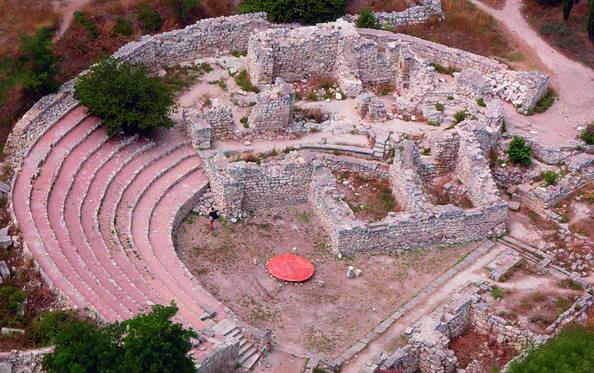 Kota kuno Tauric Chersonese dan chora-nya.