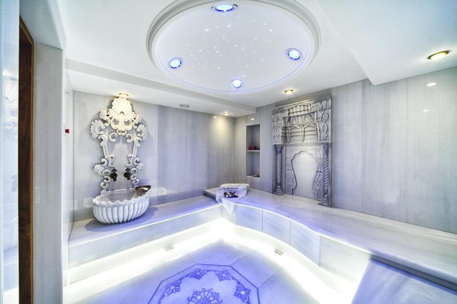 Fasilitas spa privat khas Turki di dalam properti.