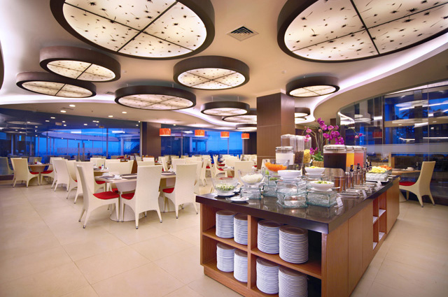Lengkuas Restaurant, satu-satunya restoran di dalam properti.