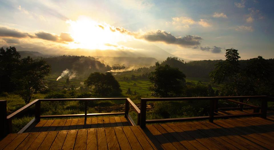 Pemandangan Gunung Agung yang disuguhkan dari Bali Asli.