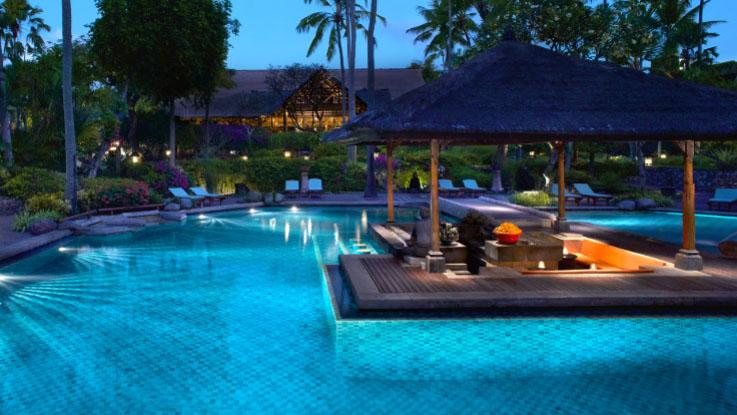 Sunken Bar di Bali Hyatt.