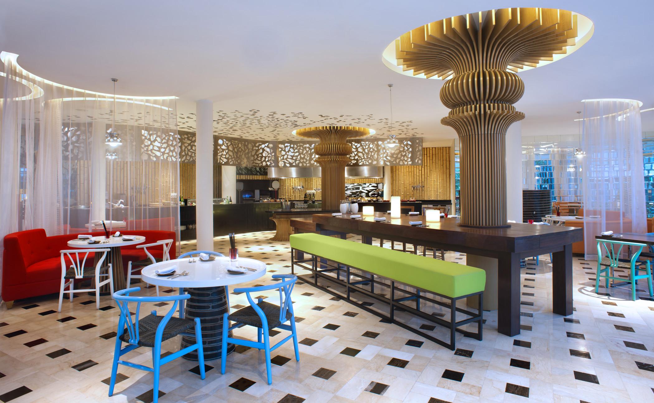 Restoran Bamboo Chic tempat perhelatan sesi makan malam spesial.