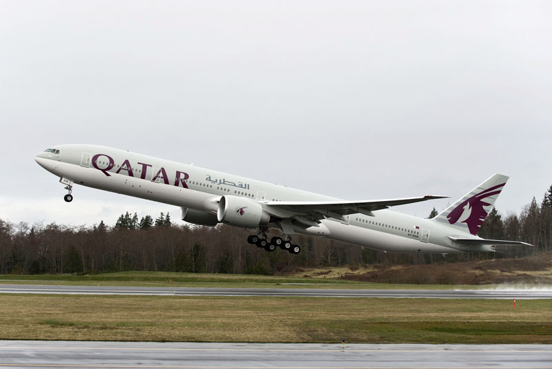 Boeing 777-300ER milik Qatar Airways.