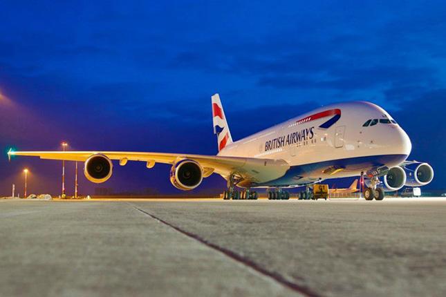 British Airways adalah salah satu maskapai pertama yang mencabut larangan penggunaan ponsel di dalam pesawat.