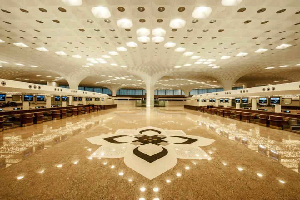 Desainnya terinspirasi paviliun tradisional khas India.