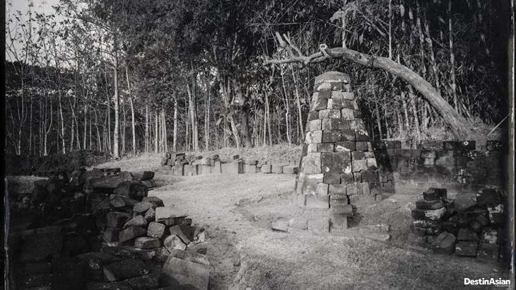Reruntuhan Candi Dawungsari di Klaten.