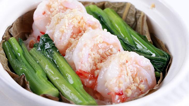 Makanan udang rebus yang spesial diciptakan oleh koki Hyatt.