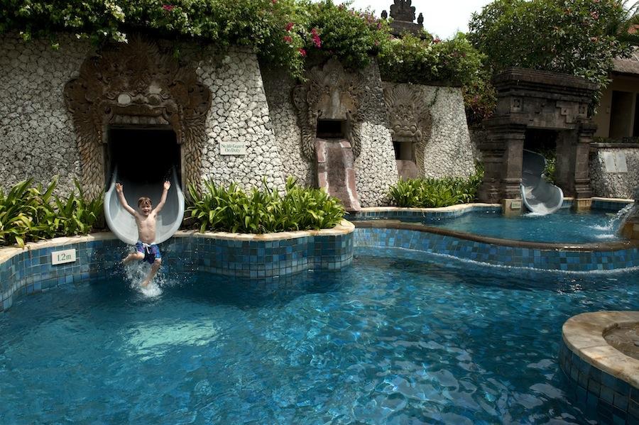 Kolam renang untuk anak-anak di Ayana Resort and Spa.
