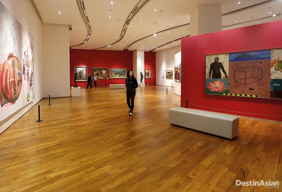 Galeri mewah dan lapang Ciputra Museum yang terintegrasi dengan mal dan hotel.