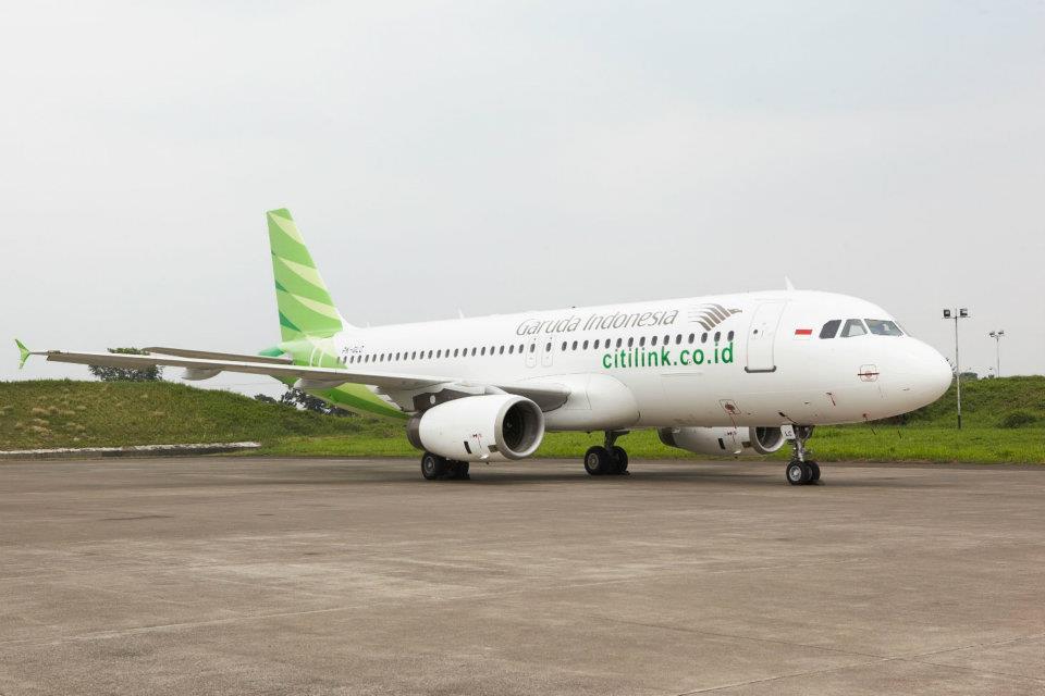 Airbus A320 versi lama yang juga melayani rute-rute Citilink.