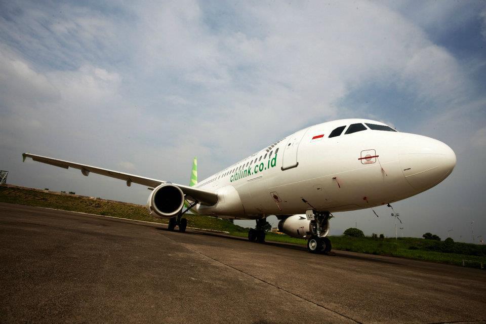 Dari Jakarta, rute ke Semarang dilayani via Bandara Halim Perdanakusuma.