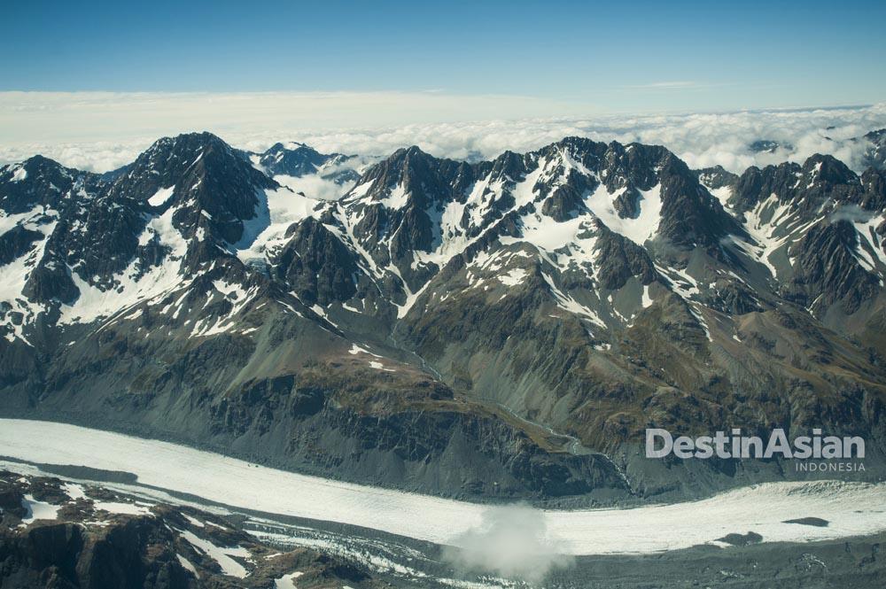 Salah satu pegunungan dengan pemandangan menawan di West Coast.