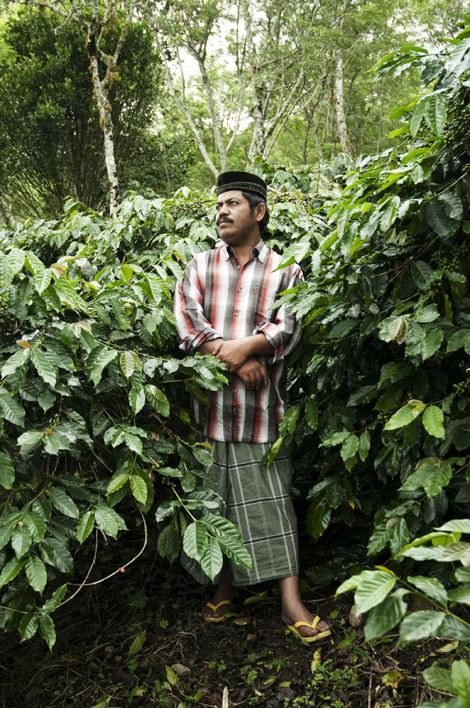Seorang pria Gayo, suku yang menghuni kawasan interior Aceh.