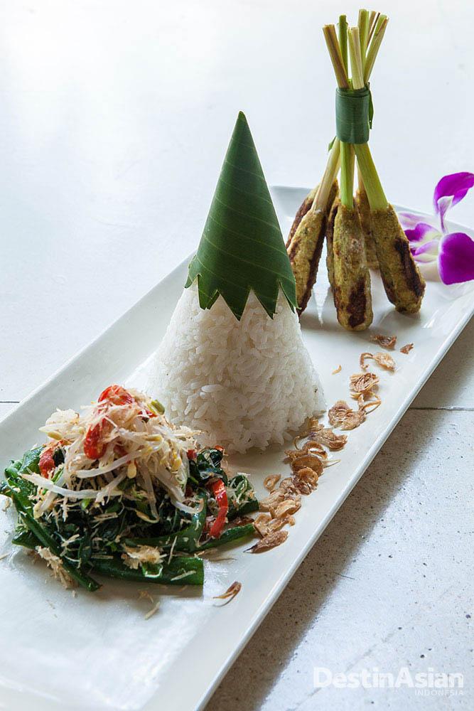Hidangan khas Bali yang disajikan di Des Indes.