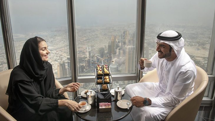 Dubai-skyscraper-opens-highest-lounge-in-the-world-1