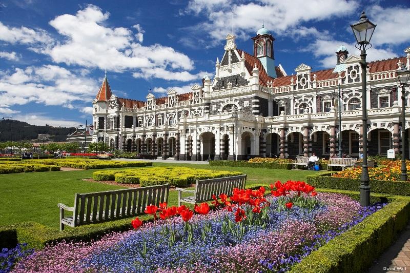 Kereta api Dunedin yang bersejarah akan menjadi lokasi iD Dunedin Fashion Show.