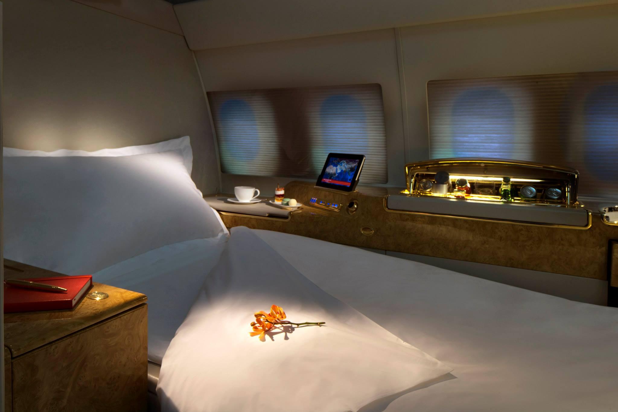Suite dengan kursi yang bisa disulap menjadi tempat tidur.