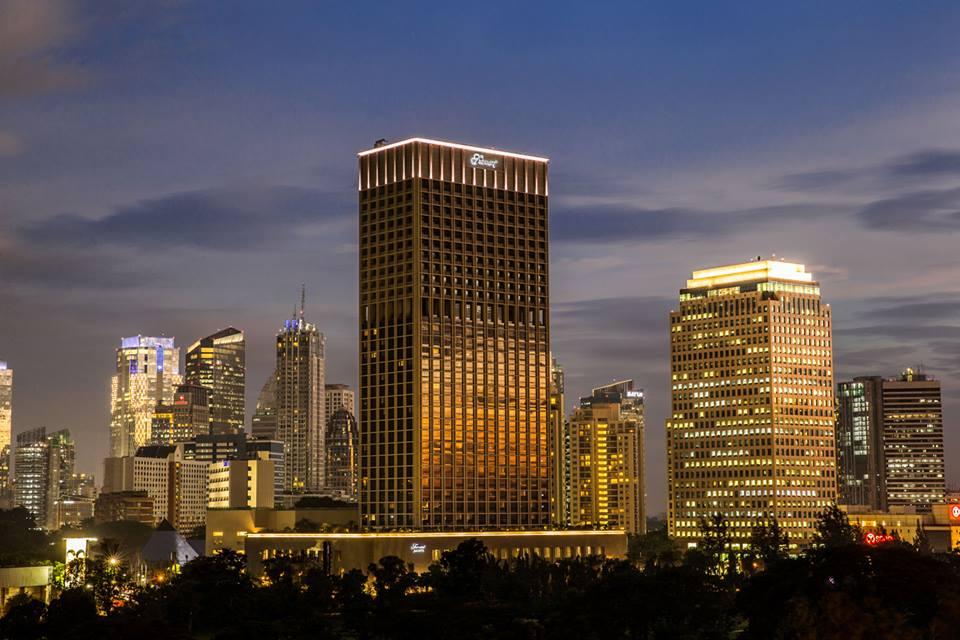 Diskon 25 persen di Fairmont Jakarta. Kamarnya menawarkan pemandangan kota Jakarta yang indah.