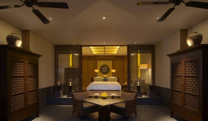 Tiap kamar dilengkapi teras dan sistem elektronik modern.