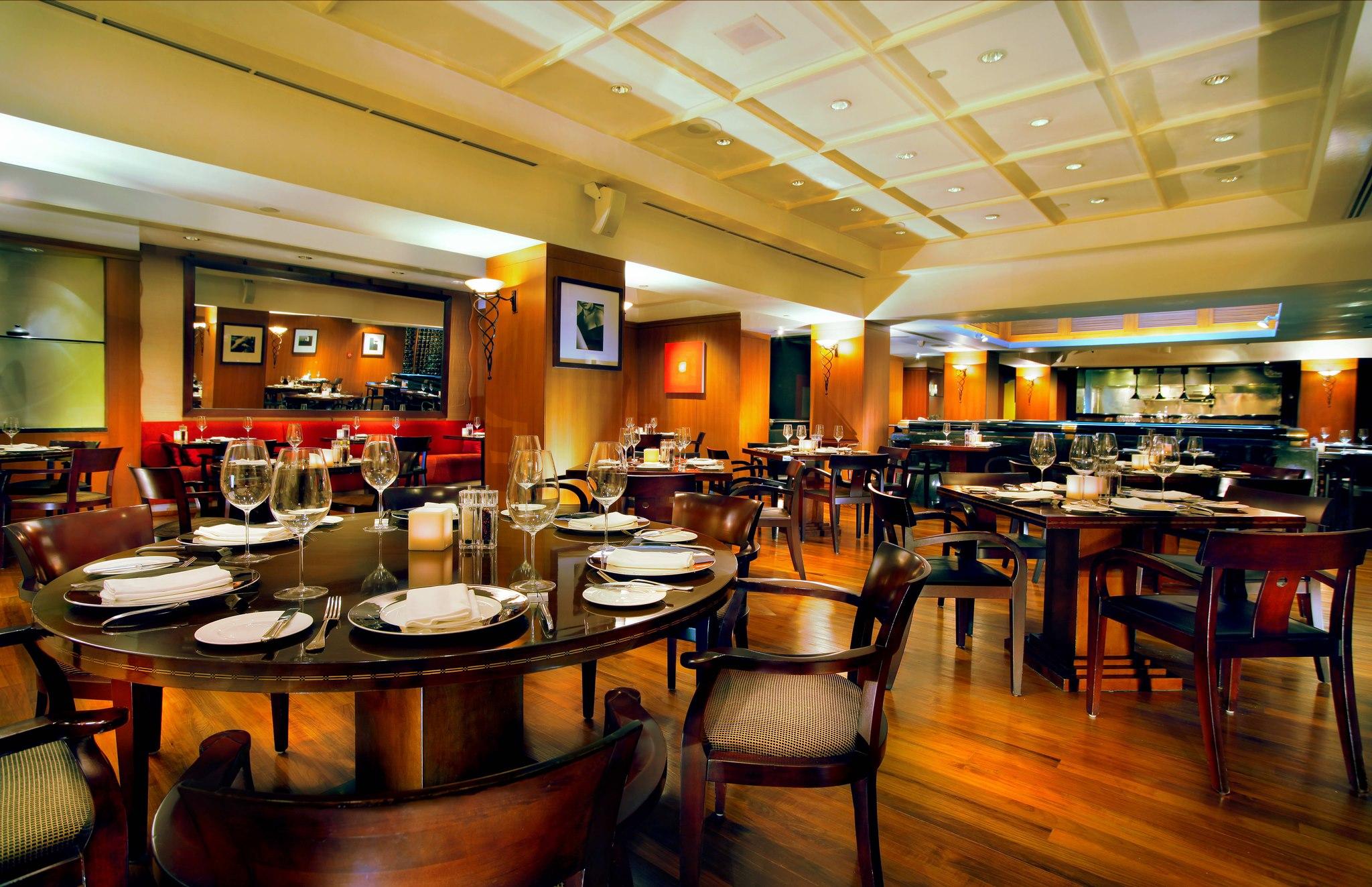 Steak House, salah satu restoran steak terbaik di Jakarta.