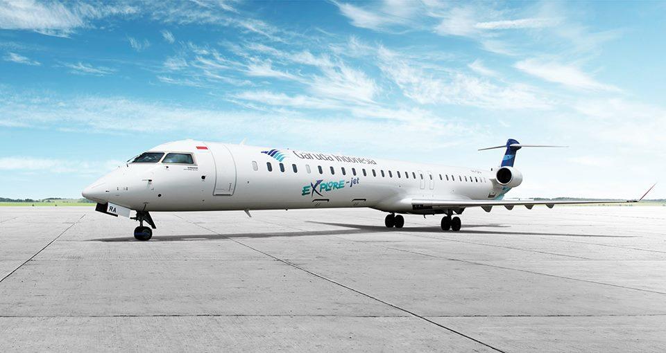 Penerbangan Surabaya-Ambon dilayani satu kali per hari menggunakan pesawat CRJ1000.