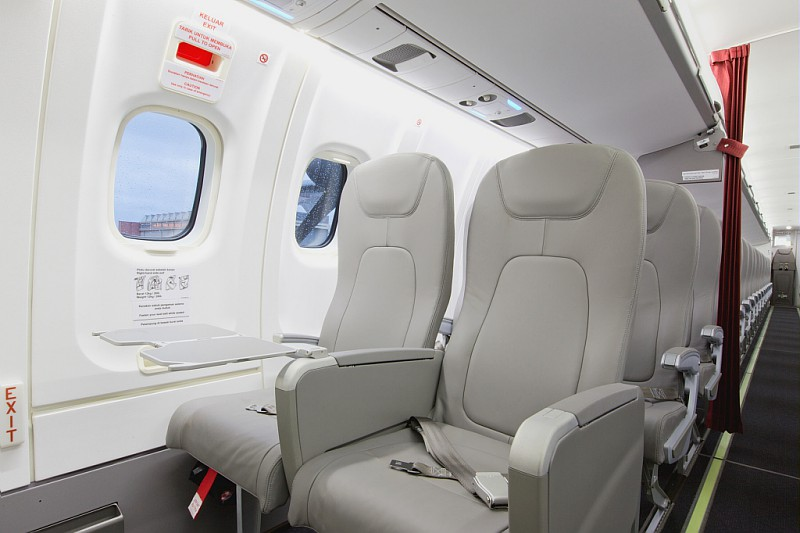 ATR 72-600 mampu mengangkut 70 penumpang sekali jalan.