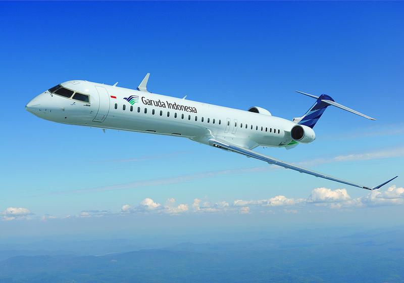 Armada Bombardier CRJ1000 NextGen yang kini dipakai Garuda Indonesia untuk melayani rute-rute feeder domestik.