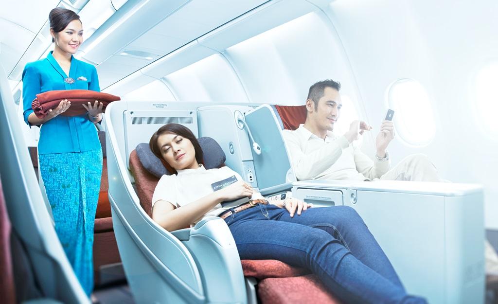 Garuda Indonesia menyediakan WiFi di pesawat dengan koneksi tercepat di kelasnya.