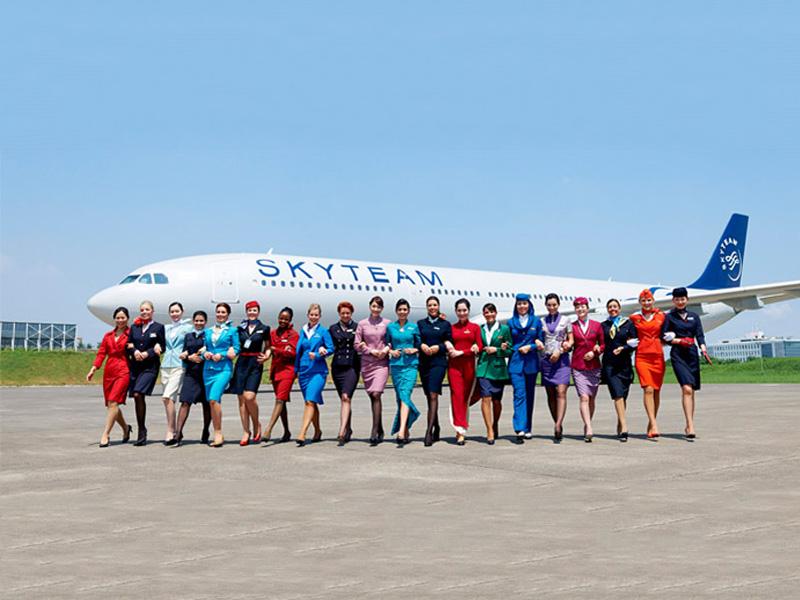 Garuda Indonesia adalah salah satu maskapai yang tergabung dalam aliansi SkyTeam.