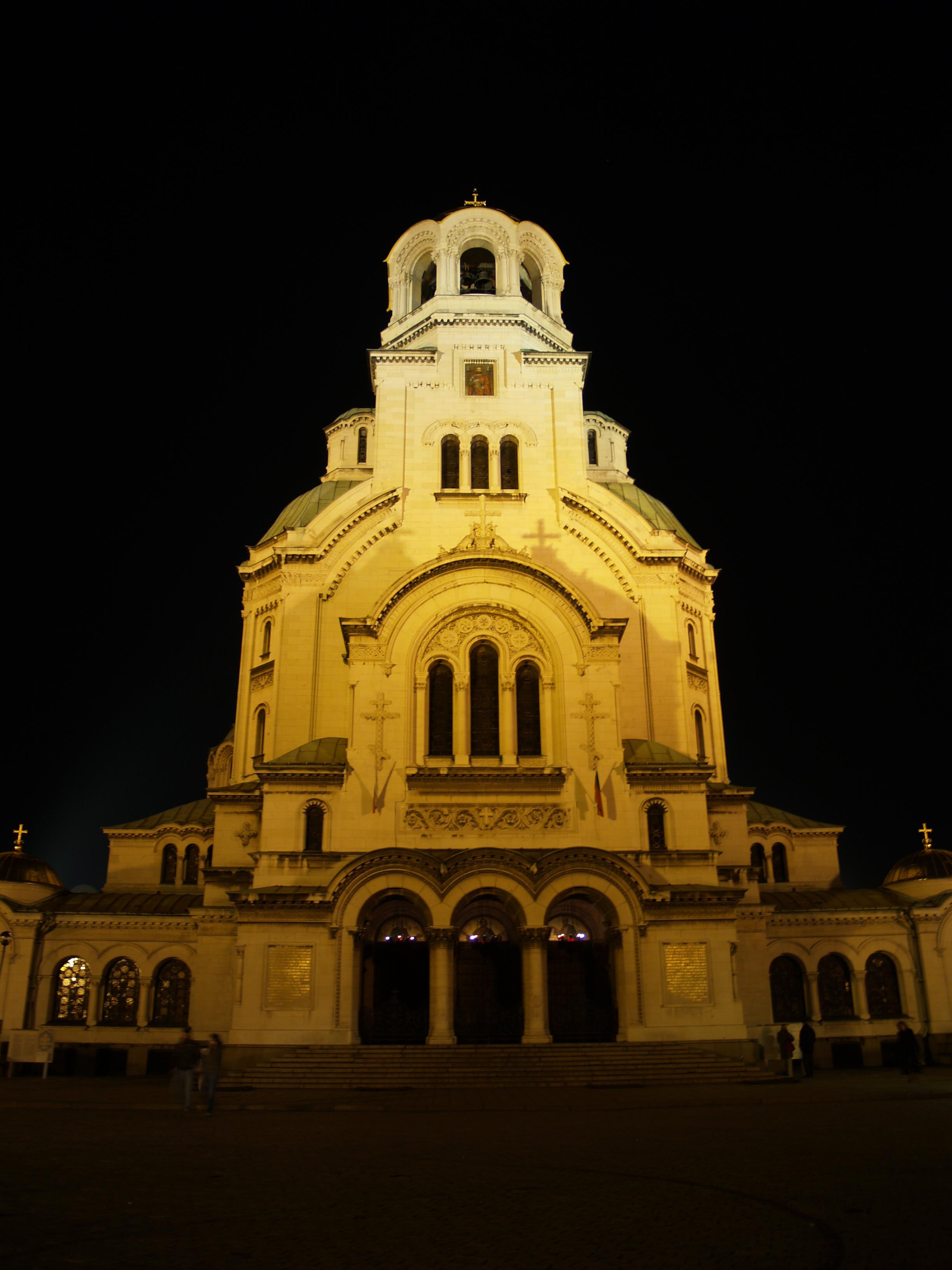 Gereja St. Alexander Nevski di Sofia.