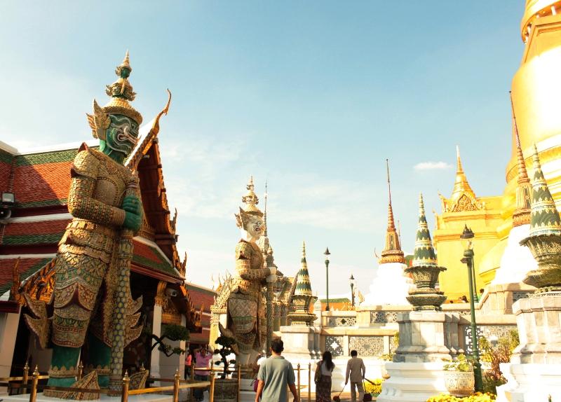 Grand Palace, salah satu obyek wisata paling populer di Bangkok.