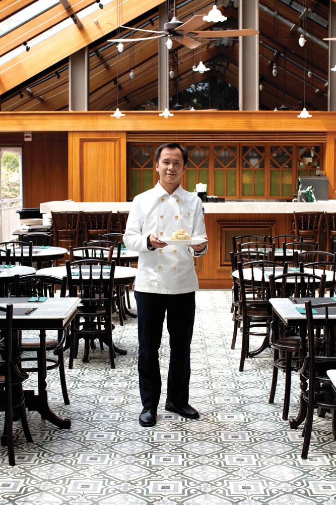 Restoran beratap transparan di Tai O Heritage Hotel.