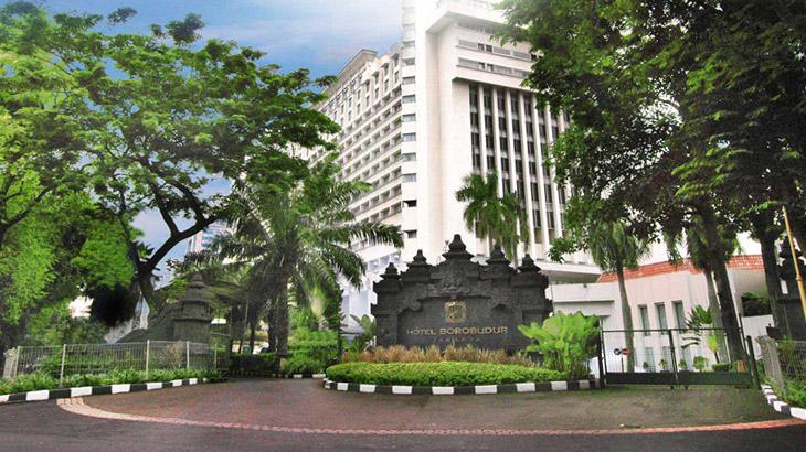 Fasad Hotel Borobudur Jakarta yang berusia 42 tahun.