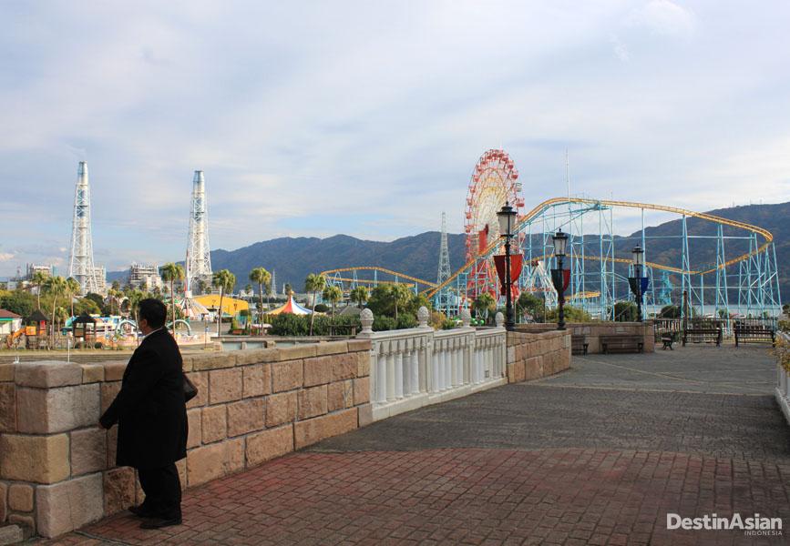 Taman bermain berukuran raksasa di Marina City.