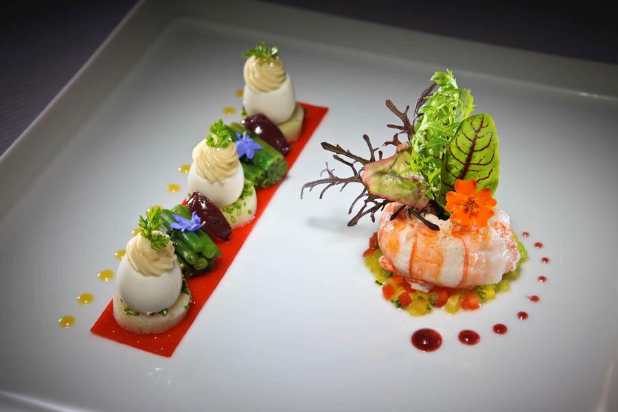 Presentasi apik juga menjadi ciri khas hidangan Jerome Mamet.