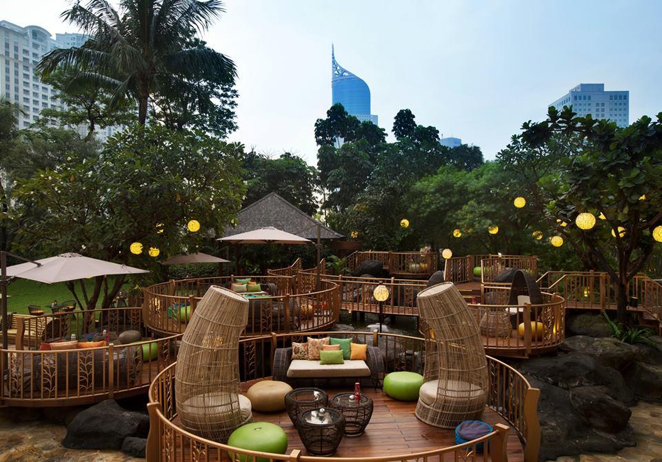 JimBARan, tempat hangout baru di InterContinental Jakarta MidPlaza.