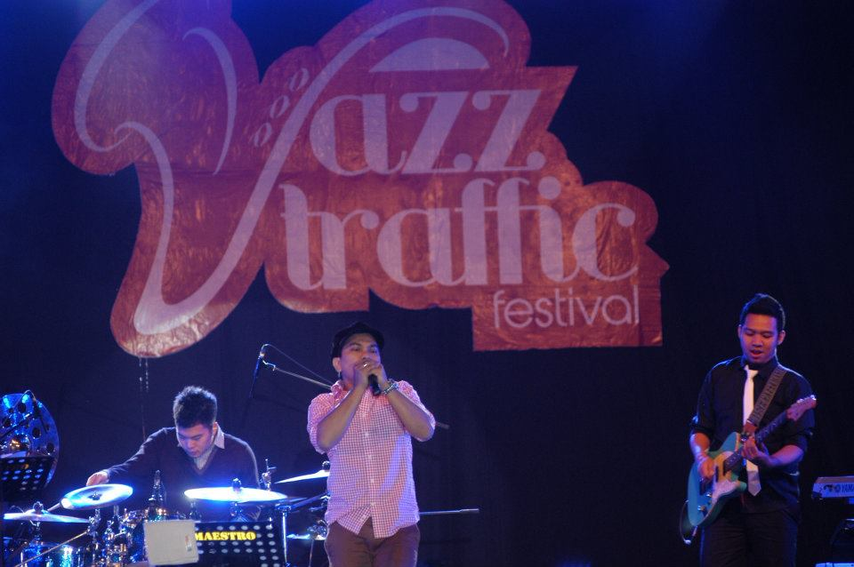 Penampilan Tompi di Jazz Traffic. (Foto oleh Mossaik/Jazz Traffic)