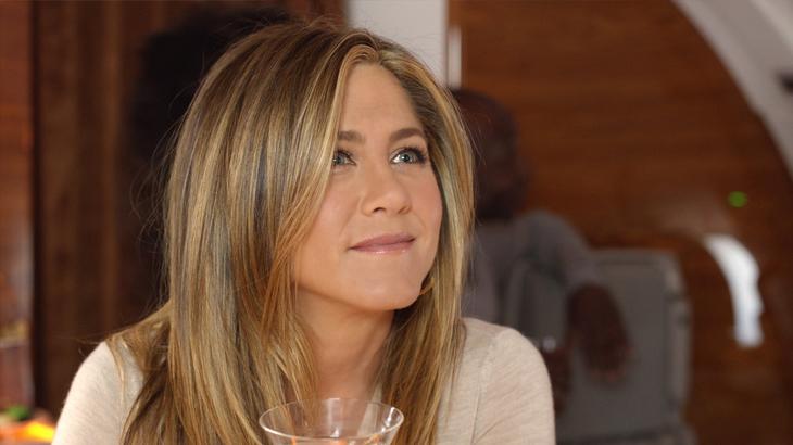 Jennifer Aniston | Duta Emirates Airlines | DestinAsian